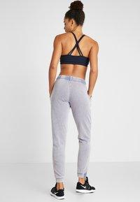 Cotton On Body - WASHED GYM TRACKPANT - Pantalones deportivos - ultra marine - 2