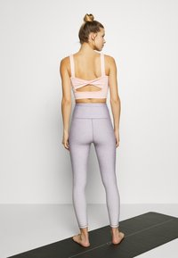 Cotton On Body - REVERSIBLE 7/8 - Tights - watercress ombre - 2
