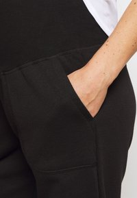 Cotton On Body - MATERNITY GYM TRACKIE - Tracksuit bottoms - black - 4