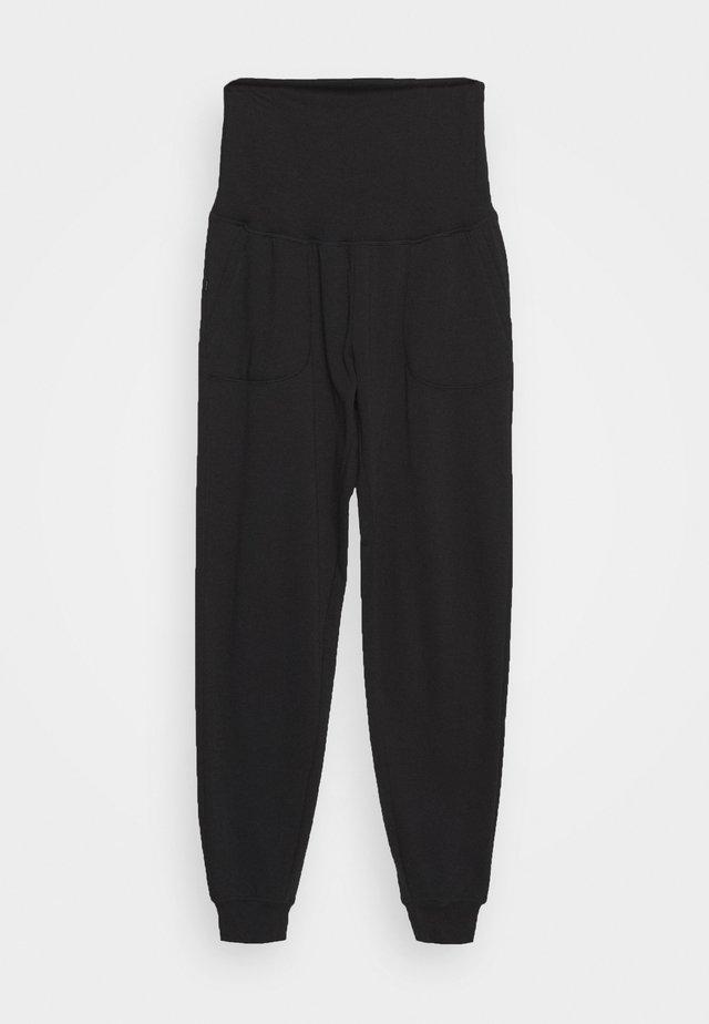 MATERNITY GYM TRACKIE - Pantalon de survêtement - black