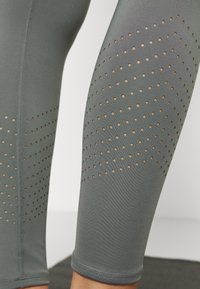 Cotton On Body - LIFESTYLE 7/8 - Legging - oil green laser - 5