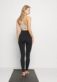 Cotton On Body - LIFESTYLE SEAMLESS - Legging - black - 2