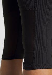 Cotton On Body - WORKOUT CAPRI - 3/4 sports trousers - black - 5