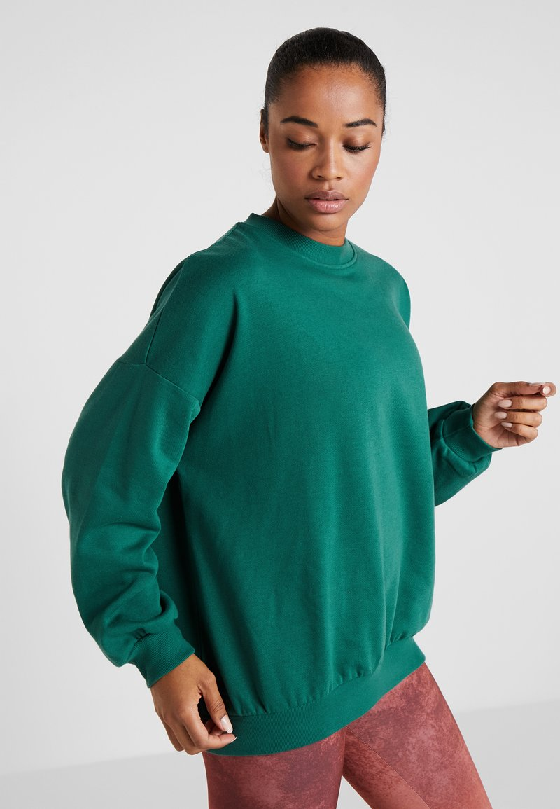 Cotton On Body - SLOUCHY ACTIVE CREW TOP - Sweatshirt - jolly green