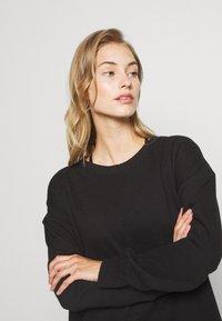 Cotton On Body - LONG SLEEVE CREW - Sweatshirt - winter black - 3