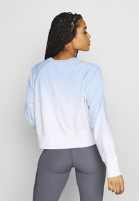 Cotton On Body - RAGLAN LONG SLEEVE CREW - Sweatshirt - dip dye skye blue - 2