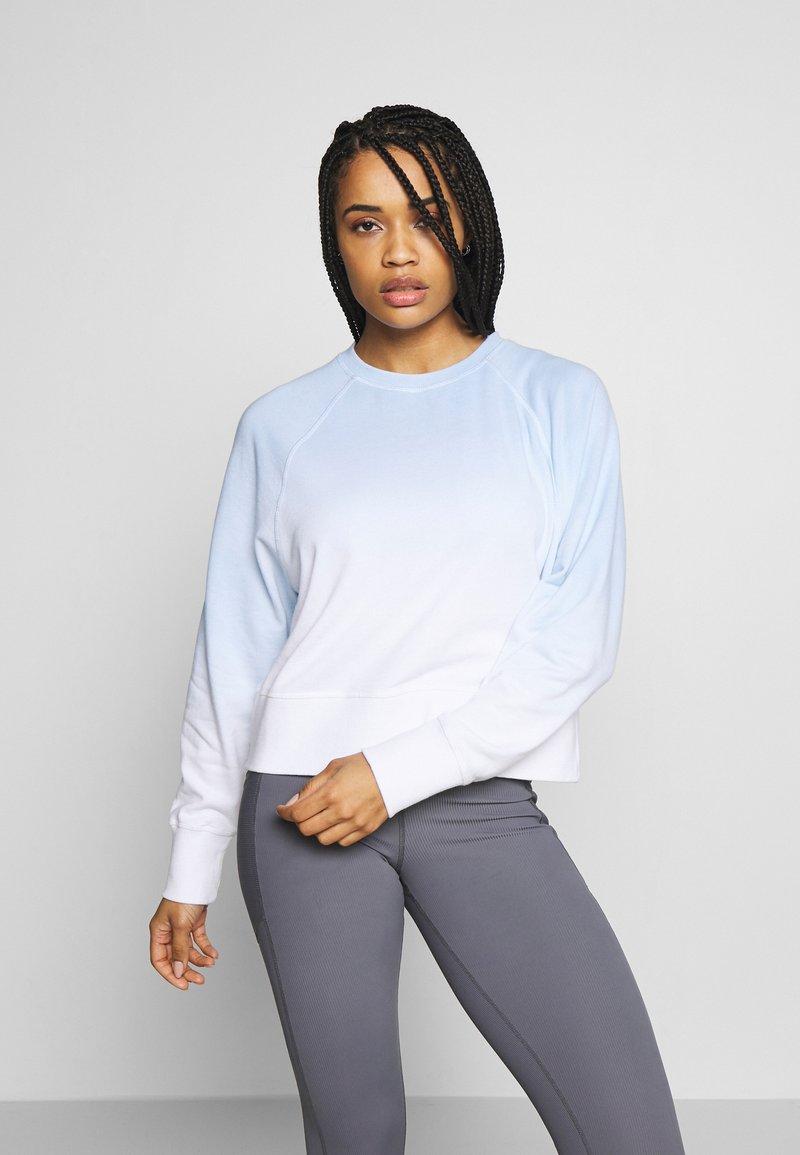 Cotton On Body - RAGLAN LONG SLEEVE CREW - Sweatshirt - dip dye skye blue