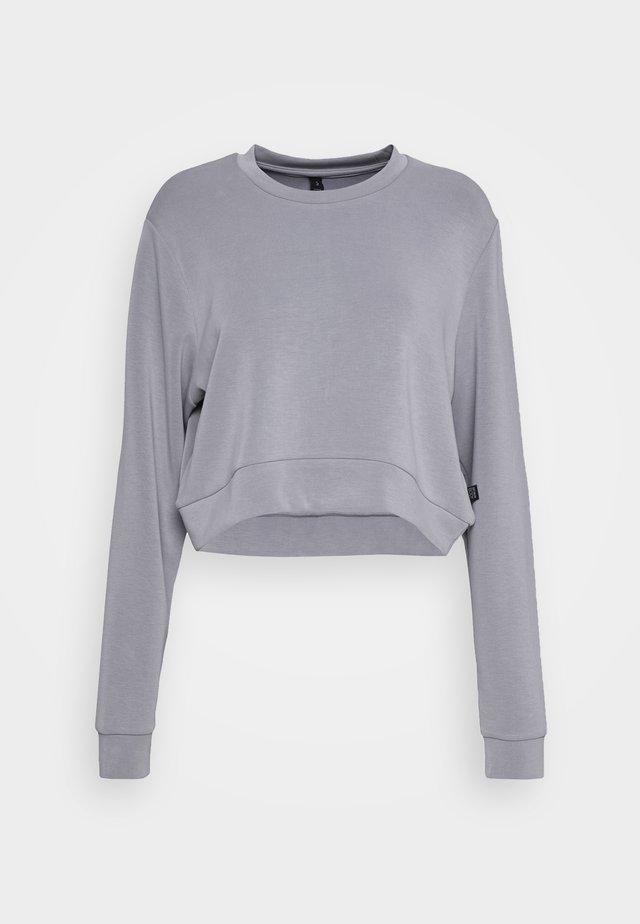 MATERNITY CROSS OVER CREW - Sweatshirts - grey marle