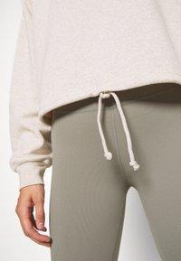 Cotton On Body - HALF ZIP CREW - Sweater - oatmeal marle - 4