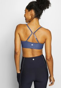Cotton On Body - WORKOUT YOGA CROP - Sport BH - storm blue