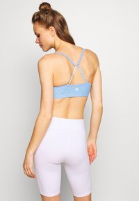 Cotton On Body - WORKOUT YOGA CROP - Sport BH - skye blue - 2