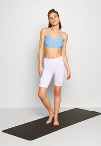 Cotton On Body - WORKOUT YOGA CROP - Sport BH - skye blue - 1
