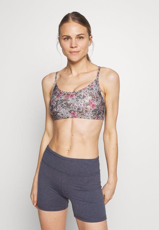 WORKOUT YOGA CROP - Sports bra - steely shadow