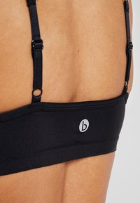 Cotton On Body - WORKOUT YOGA CROP - Sport BH - shimmer black - 4