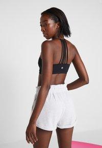 Cotton On Body - STRAPPY CROP - Soutien-gorge de sport - black - 2