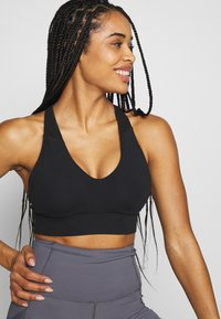 Cotton On Body - WORKOUT TRAINING CROP - Urheiluliivit - black - 3