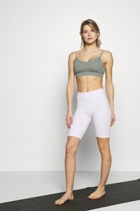 Cotton On Body - BINDED CROP - Sport BH - steely shadow - 1
