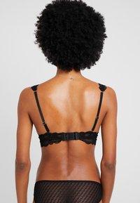 Cotton On Body - CINDY LONGLINE WIREFREE - Trojúhelníková podprsenka - black - 0