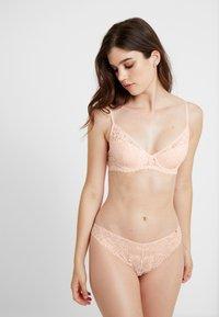 Cotton On Body - AUDREY CUP DEMI CONTOUR - Soutien-gorge à balconnet - cloud pink - 1
