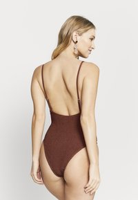 Cotton On Body - SHIRRED DEEP V ONE PIECE CHEEKY - Maillot de bain - rust - 2