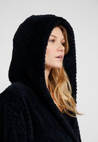 Cotton On Body - HOODED LUXE PLUSH GOWN - Dressing gown - navy textured - 4