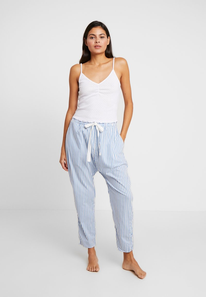Cotton On Body - POINTELLE TANK DROP CROTCH PANT SET - Pyjamaser - white/silver lake blue