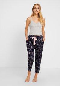 Cotton On Body - POINTELLE TANK DROP CROTCH PANT SET - Pyjamaser - grey marle/navy - 0