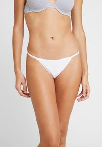Cotton On Body - FLAT ELASTIC BRIEF 3PACK - String - white