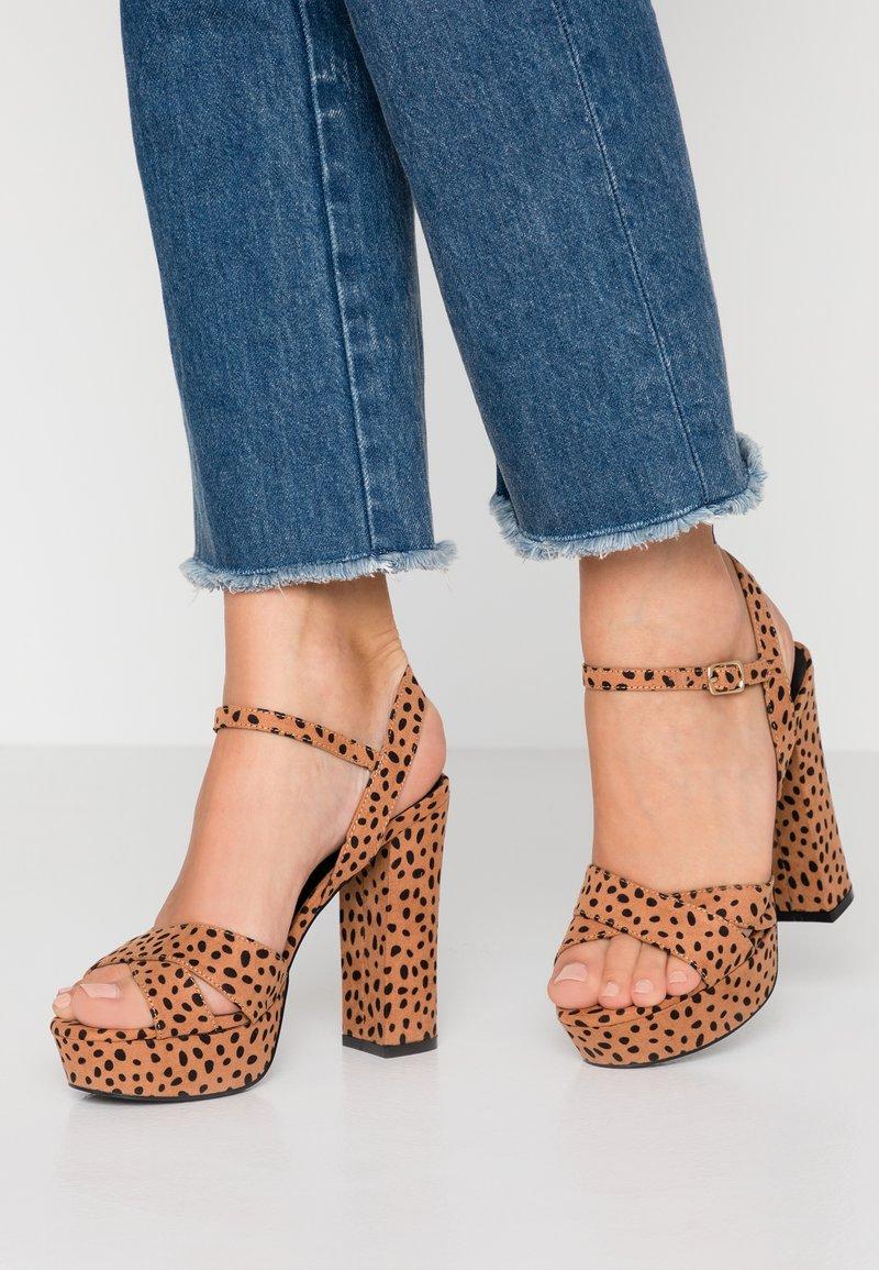 co wren - High heeled sandals - tan