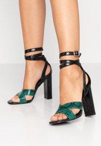 co wren - High heeled sandals - green - 0