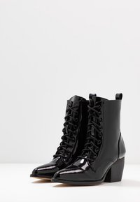 co wren - Lace-up ankle boots - black crush - 4
