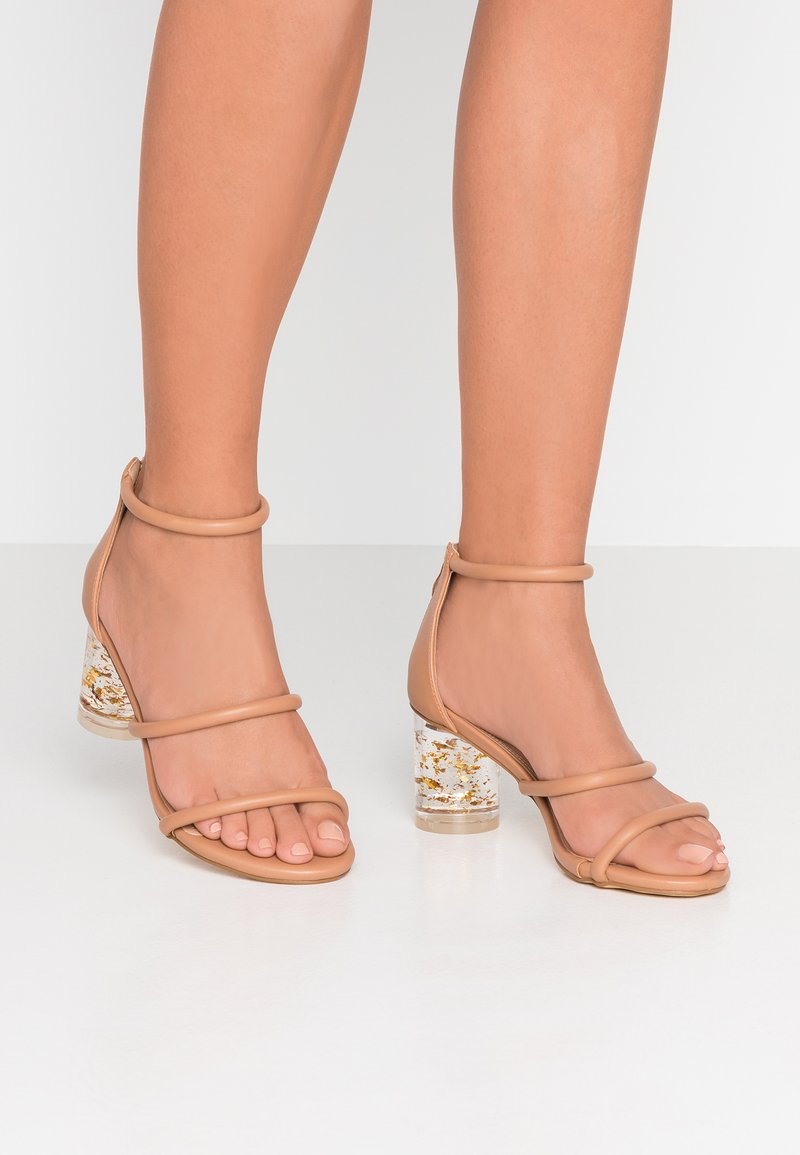 co wren wide fit - Sandals - nude