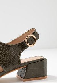 co wren wide fit - Sandals - green - 2