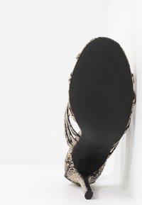co wren wide fit - Sandály na vysokém podpatku - beige - 6