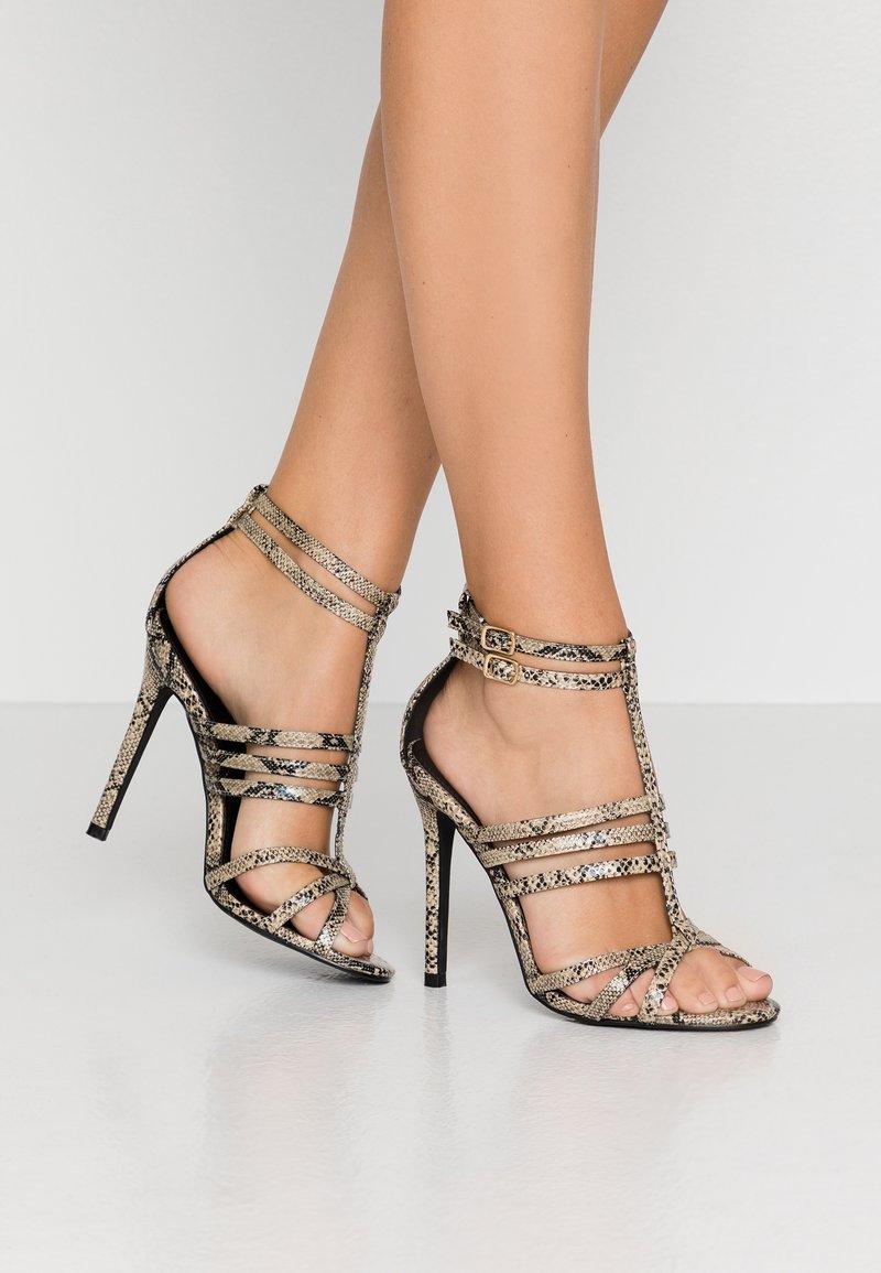 co wren wide fit - Sandály na vysokém podpatku - beige