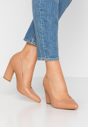WIDE FIT - Zapatos altos - beige