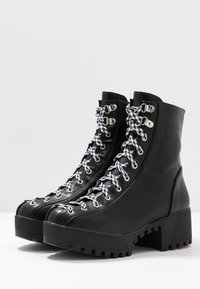 co wren wide fit - WIDE FIT - Platform ankle boots - black - 4