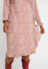 Cotton On Curve - WILLOW WRAP MIDI DRESS - Day dress - brown - 6