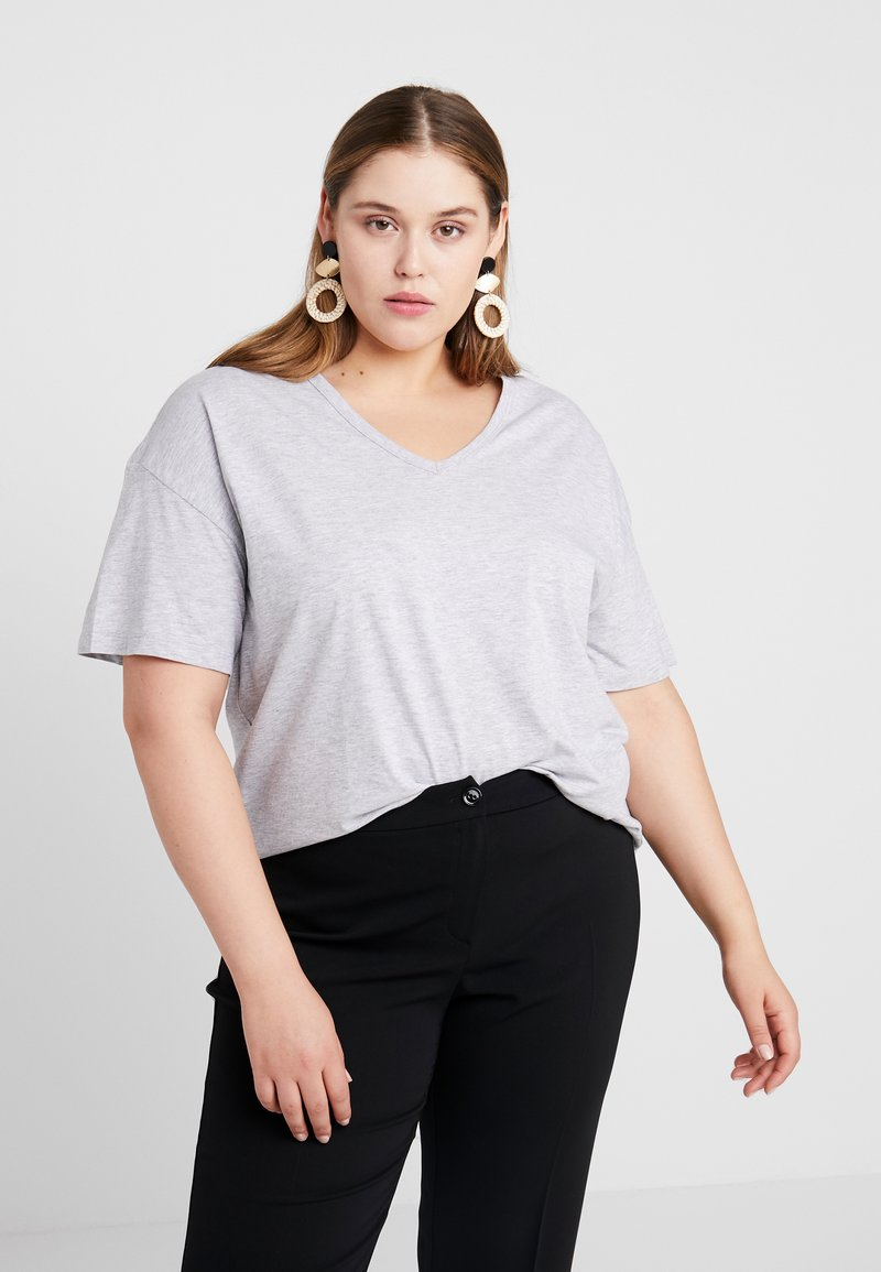 Cotton On Curve - BASIC V NECK TEE - Basic T-shirt - grey