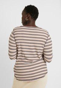 Cotton On Curve - GIRLFRIEND LONG SLEEVE - Long sleeved top - nicola multi/camel - 2