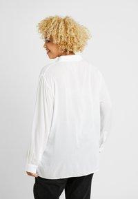 Cotton On Curve - CURVE EVERYDAY - Overhemdblouse - white - 2