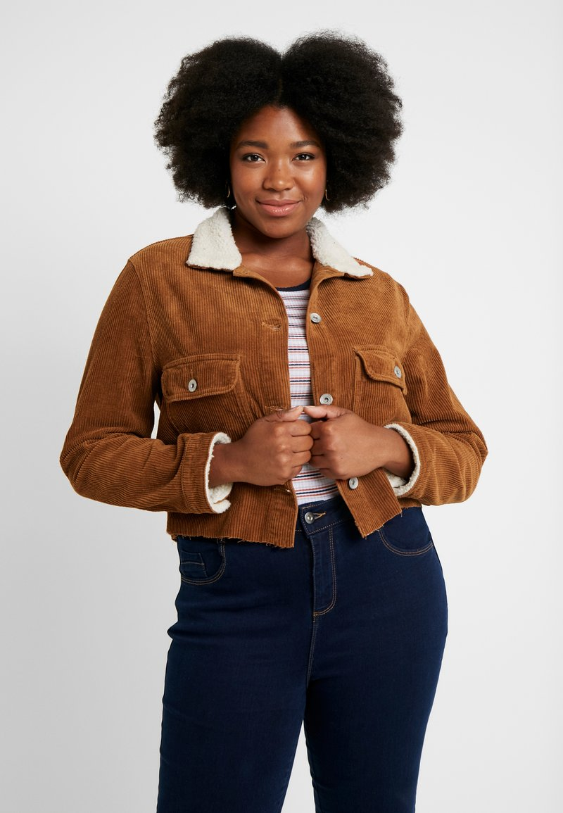 Cotton On Curve - GIRLFRIEND JACKET - Leichte Jacke - brushetta sherpa