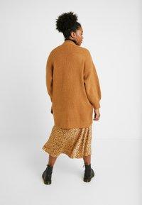 Cotton On Curve - LUXE CARDI - Cardigan - lion - 2