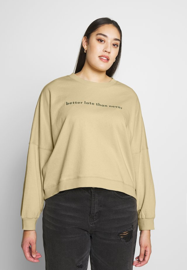 HARPER CREW CROP - Sweater - desert