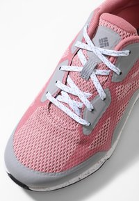 Columbia - Trainers - pink - 6