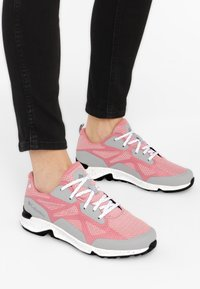 Columbia - Trainers - pink - 0