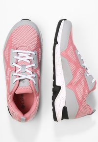 Columbia - Trainers - pink - 2