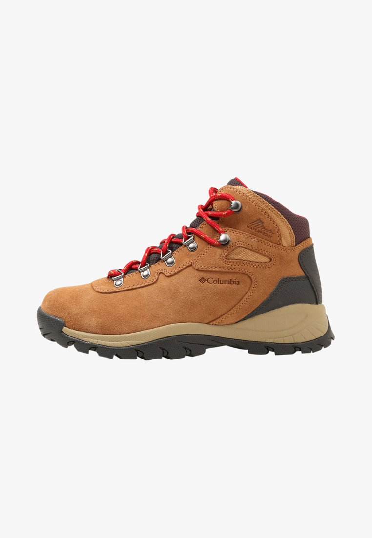 Columbia - NEWTON RIDGE PLUS II WATERPROOF - Hikingschuh - elk/mountain red