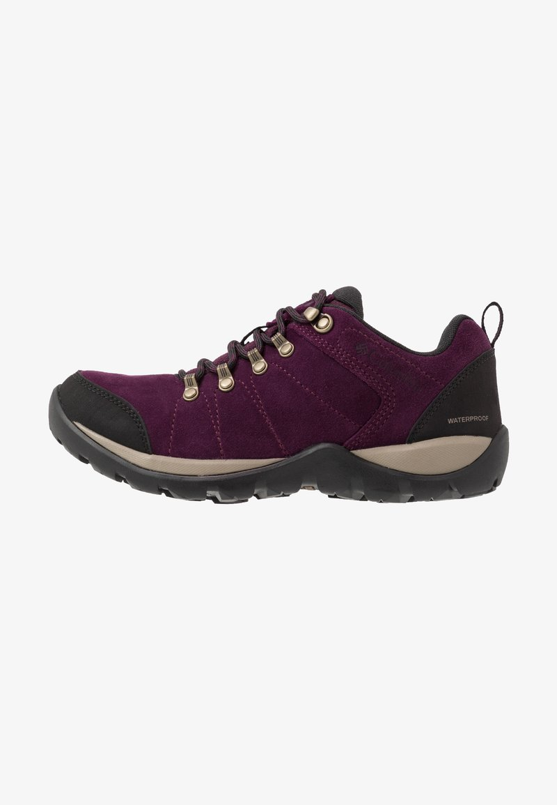 Columbia - FIRE VENTURE S II WP - Hiking shoes - black cherry/wet sand