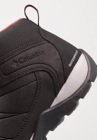 Columbia - FIRE VENTURE MID II WP - Hiking shoes - black/daredevil - 5